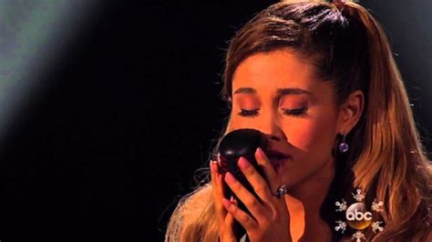 tattooed heart by ariana grande download ariana grande tattooed heart live american music awards