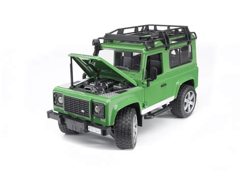 land rover bruder amazon com bruder toys land rover defender station wagon