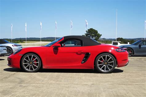 porsche boxster 2017 first drive 2017 porsche 718 boxster page 4 of 4