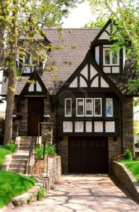 tudor house tudorific pinterest best 25 tudor style house ideas on pinterest tudor