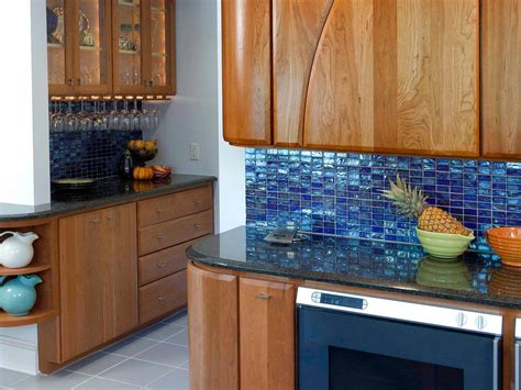 Backsplash Kitchen Design Steep Glass Tile Backsplash An Option For Larger Budgets Glass Tile Backsplashes Offer Distinct