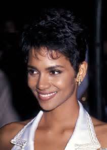 berry hairstyles in 1980 boy crop hairstyles we love from audrey to mia to halle