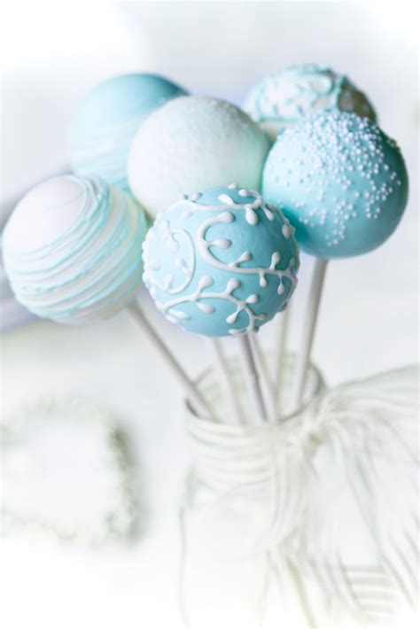 Cake Pops Decoration by Blue Cake Pops With White Decoration Sweet 16 Cake