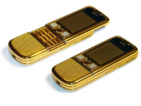 Casing Nokia 9500 Pink Edition it in gold 8 best gold coloured smartphones gizbot