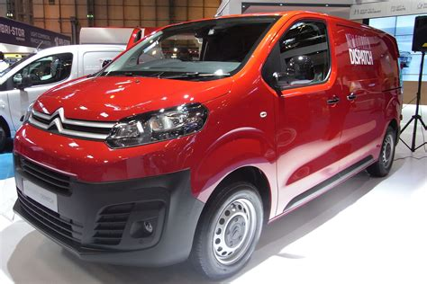 new citroen dispatch new citroen dispatch unveiled prices start from 163 17 495