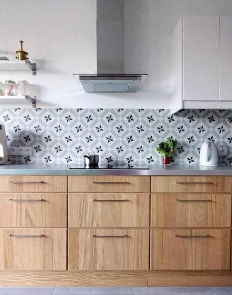 foto cocina  revestimiento de azulejos hidraulicos