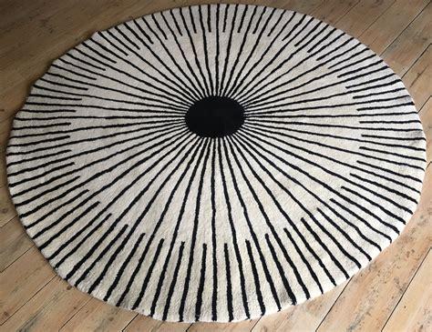 verner panton rug tufted 100 wool circular rug by verner panton for habitat 1998 70522