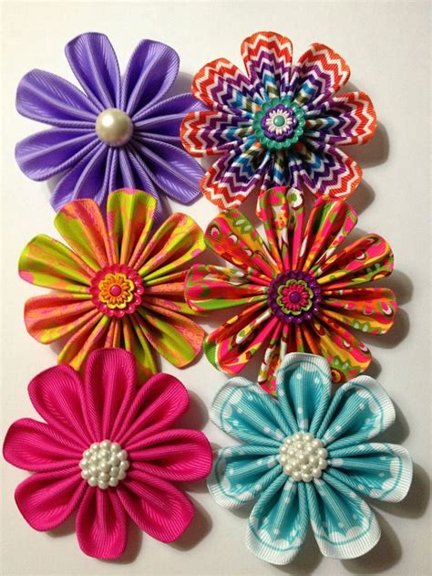 Handmade Flowers With Ribbons - flowers made with ribbon handmade accessories