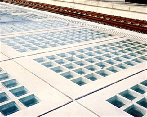 pavimento vetrocemento vetromattone a pavimento con piastre di vetro vendita onlie