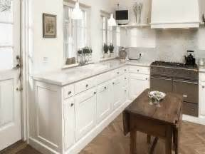 Small White Kitchen Design Ideas White Small Kitchen Designs Quicua Com
