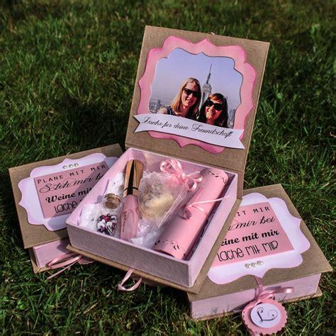 braut geschenke trauzeugen geschenk f 252 r die brautjungfern und trauzeugin present for