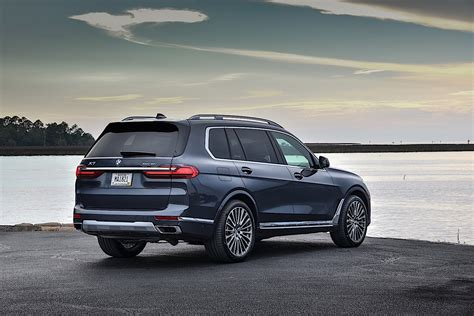 Bmw X7 2020 by 2020 Bmw X7 Shows Up On The Road Photographers Shoot Like