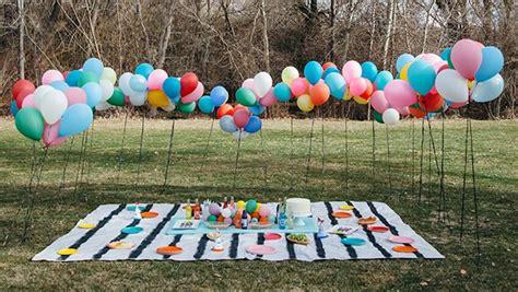 como decorar con globos en un baby shower c 243 mo organizar y decorar un baby shower