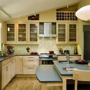 vaulted ceiling kitchen ideas best 25 vaulted ceiling decor ideas on