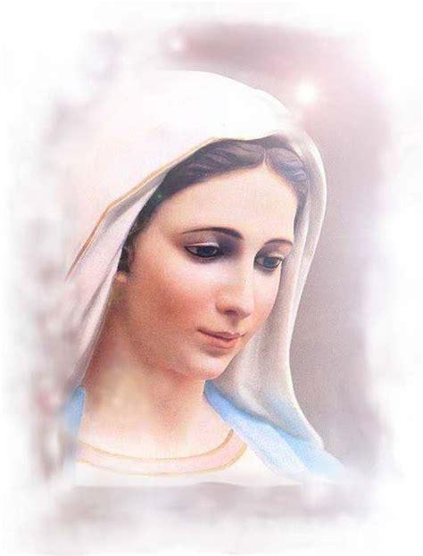 madonna illuminata medjugorje rosario madonna di medjugorje