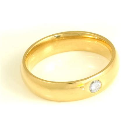 gents 18ct yellow gold brilliant cut ring