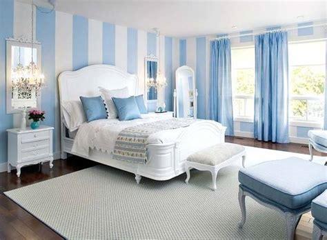 vertical stripes  modern interior design  room