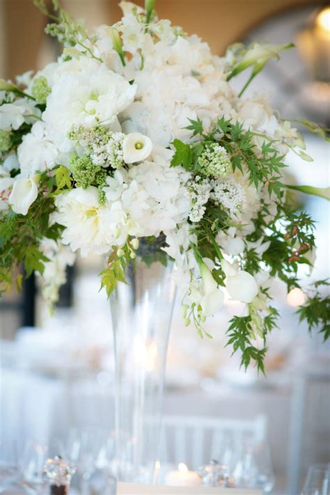 white flower wedding arrangements 274 best centerpieces images on