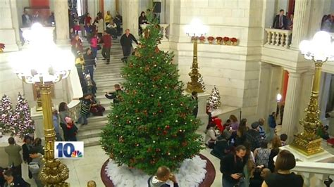 christmas trees ri tree lighting at ri state house set for dec 1 wjar