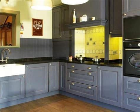 cuisine fonc馥 cuisine bleu fonc 233 bois bleue fonc 233 en bois cuisine