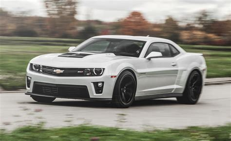 2015 chevrolet new camaro pictures information and