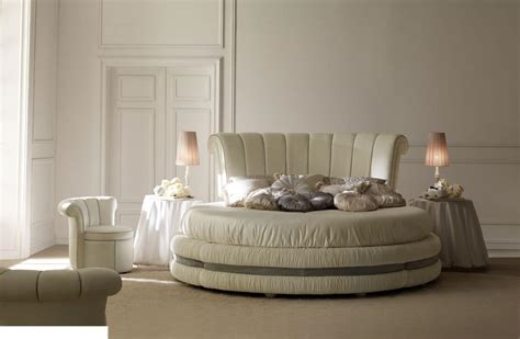 nachtkommode für boxspringbett farbe f 252 r schlafzimmer