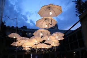 creative outdoor lighting ideas 23 ways to transform your wedding from bland to mind blowing