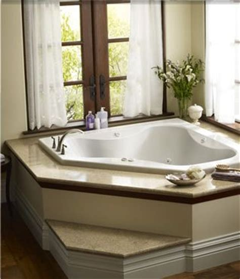 corner tub ideas step or no step can t decide not sure how it will work