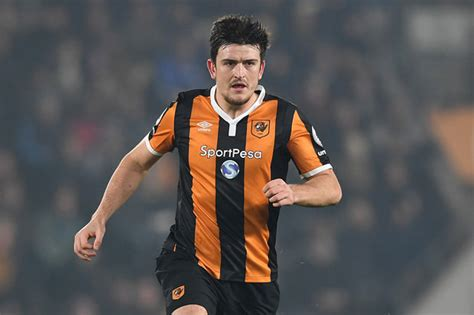 harry maguire leicester to outbid tottenham for hull city s harry maguire