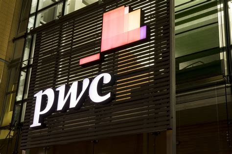 big  accounting giant pwc accepts   bitcoin payment