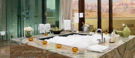 vegas hotels with tubs in room las vegas 2 bedroom suites the viva suite