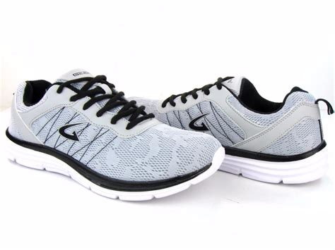 s athletic sneakers light weight tennis shoes running