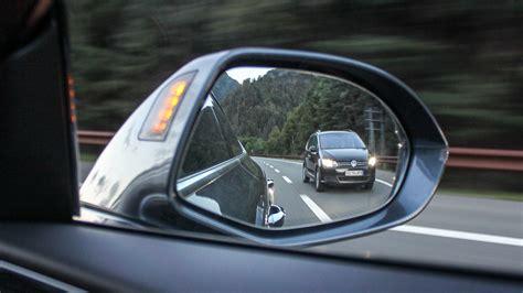 Versicherung Auto Zweitfahrer by Ich Darf Nicht Rechts 252 Berholen Autoirrtum De Irrt 252 Mer