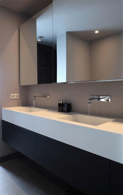 badkamermeubel met 1 wasbak 25 beste idee 235 n over dubbele wastafel badkamer op