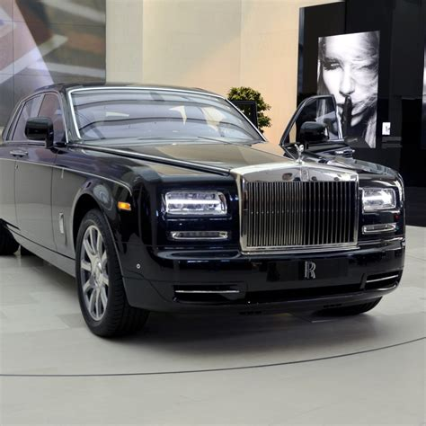 roll royce rolles want to drive a roll royce phantom exotic car rentals