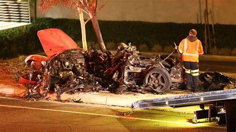 paul walker porsche crash fast furious paul walker killed in fiery car crash