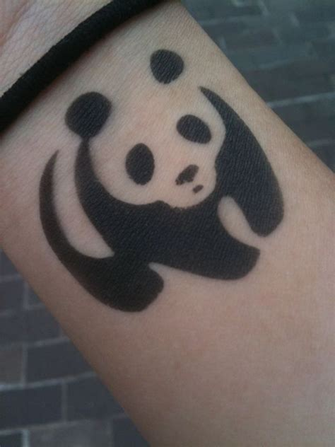 tattoo of panda bear 27 best simple panda tattoo images on pinterest panda