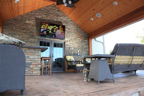 Tv Outside On Patio by Klein S Lawn Landscaping Hardscapes Creative Carpentry