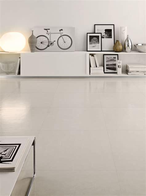 piastrelle effetto resina pavimento in gres porcellanato effetto resina concept by