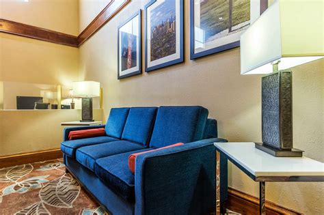 comfort suites lansing il comfort suites coupons near me in lansing 8coupons