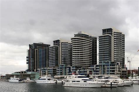 docklands appartments file melbourne docklands area jpg wikimedia commons