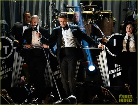vote for justin bieber grammy 2013 justin timberlake and the 20 20 experience