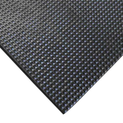 Rubber Mats by Quot Grip Scraper Quot Rubber Mats And Runners