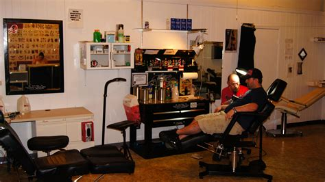 tattoo shops pictures victim and piercing shop wisconsin travel guide