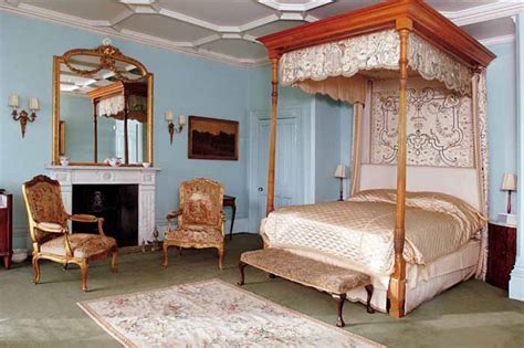 how many bedrooms in highclere castle tour highclere castle home of downton abbey