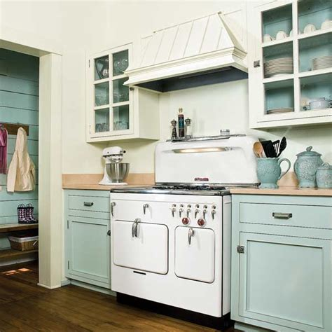 4 paint kitchen cabinets in a two tone scheme 13