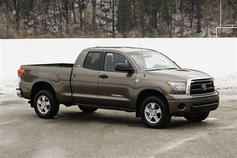 small engine maintenance and repair 2010 toyota tundra security system the 2010 toyota tundra new more powerful 4 6 litre engine makes tundra a fuel economy leader