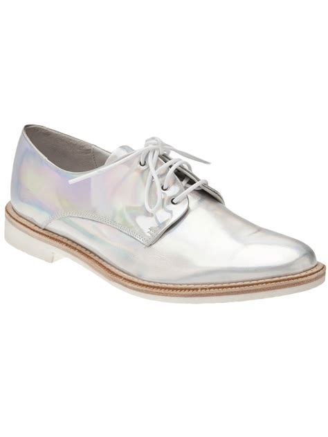 iridescent oxford shoes lyst miista zoe oxford iridescent in metallic