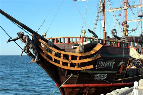 barco pirata gdansk things to do in gdańsk and sopot makenewtracks