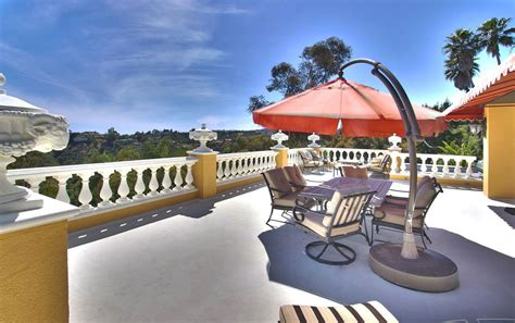 zsa zsa gabor house zsa zsa gabor s bel air mansion sold on deferred agreement